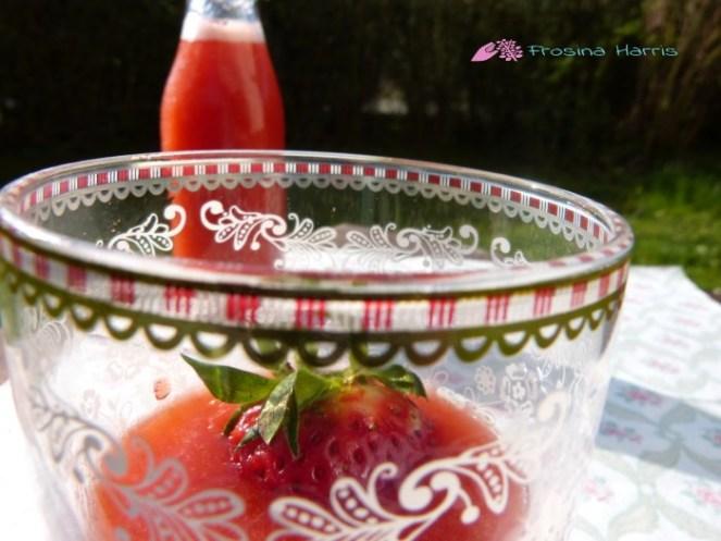 Erdbeerlimes-im-Glas
