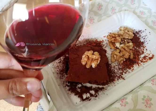 Brownie mit Wein